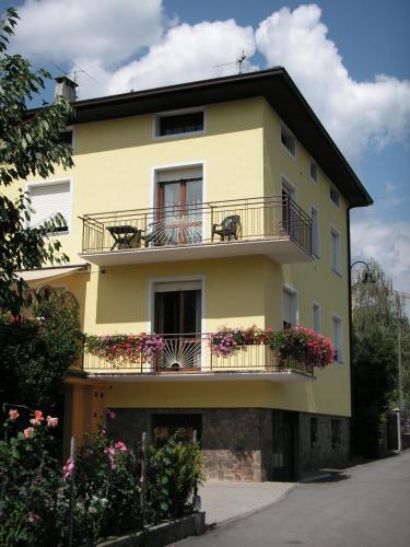 foto Casa Ferrari Michela (Calceranica al Lago)