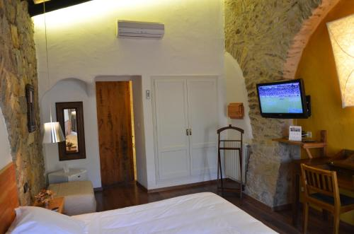 Double or Twin Room Hotel Galena Mas Comangau 9