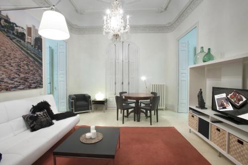 Two-Bedroom Suite with Balcony Ca La Maria Boutique B&B 3