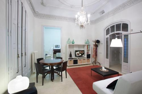Two-Bedroom Suite with Balcony Ca La Maria Boutique B&B 2