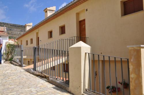 Two-Bedroom Apartment - Calle Forn 15