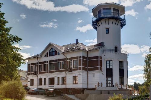 Отель Wardenclyffe Volgo&Balt