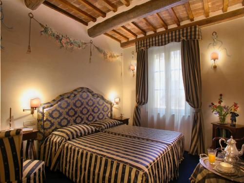 Отель Hotel Relais Dell'Orologio 5 звёзд Италия
