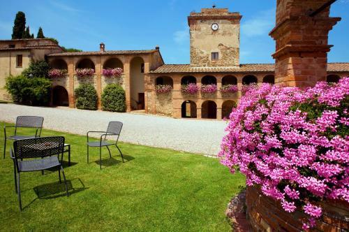 Отель Locanda dell'Amorosa 4 звезды Италия