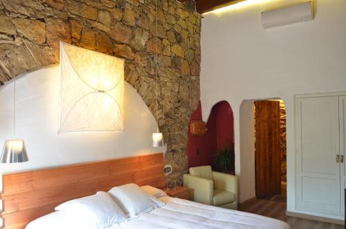 Double or Twin Room Hotel Galena Mas Comangau 3