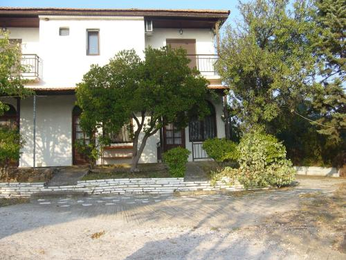 Mathios House