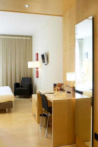 Double Room Hotel Sant Roc 10