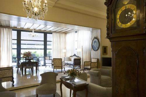 Hotel Niza 25