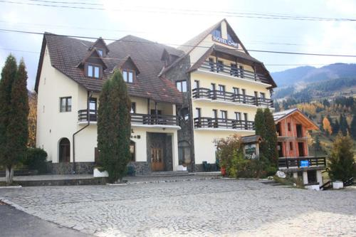 Отель Hotel Cerbul 2 звезды Румыния