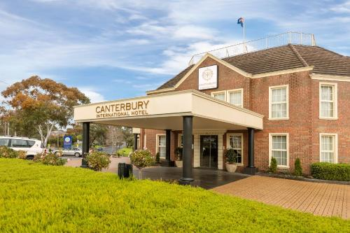 Canterbury International Hotel