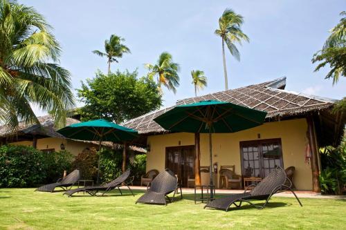 Amontillado Beach & Dive Resort