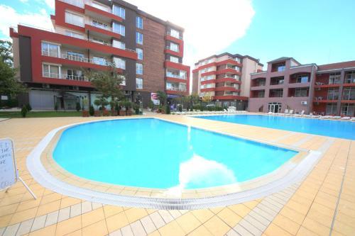 Menada Zornitsa Apartments