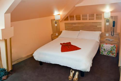 hotel comt de nice h tel 29 rue de dijon 06000 nice adresse horaire. Black Bedroom Furniture Sets. Home Design Ideas