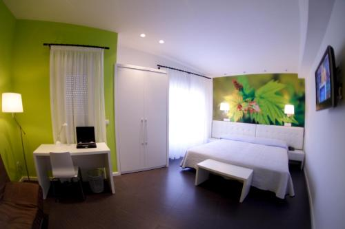 Superior Double Room - single occupancy Hotel Villa Sonsierra 5