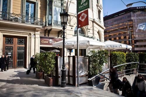 Few Days Barcelona Paseo De Gracia