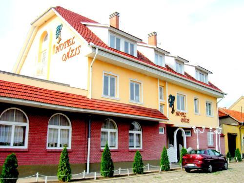 Oázis Hotel Étterem