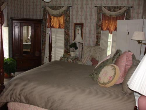 Crystal River Inn picture 1 of 31