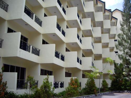 Отель Teluk Batik Resort 3 звезды Малайзия