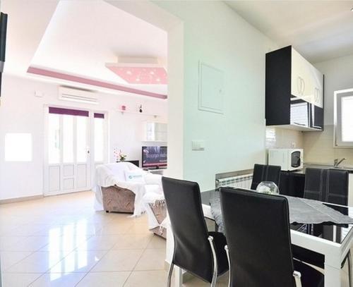 Apartments Stobrec