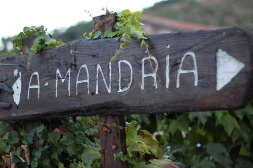 More about A Mandria