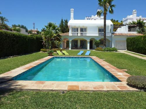 Holiday Home Villa Hinojo Estepona
