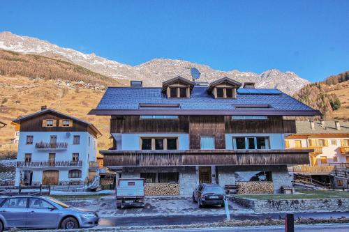 Family Chalet ski and trekking