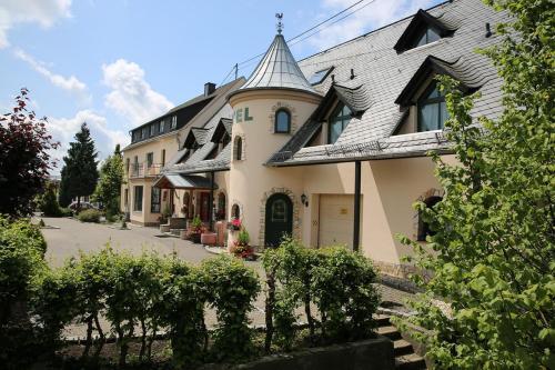 Landhotel Villa Moritz (B&B)