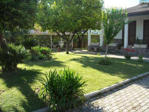 A giardino degli aranci b b bed breakfast - Hotel giardino degli aranci ...
