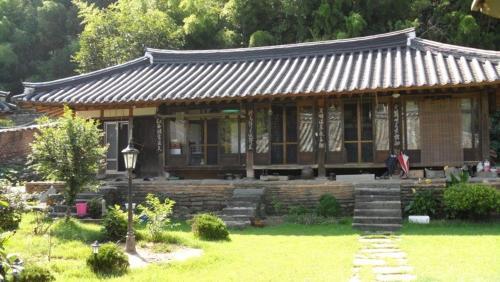 Goseong Choi Pilgan`s Old House