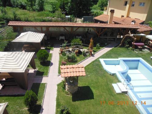 Sharkov Family Hotel