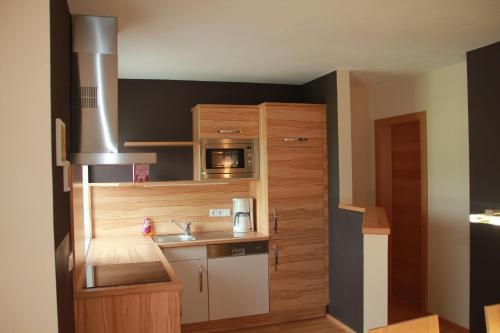 Haus Sylvia - Maisonette-Apartment mit 2 Schlafzimmern mit Balkon und Bergblick