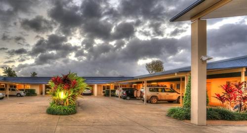 Tropixx Motel & Restaurant
