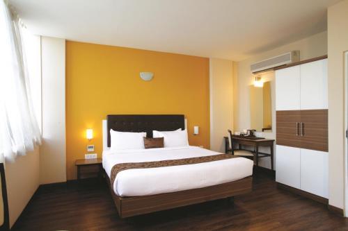 Mango Hotels, Samed Agra