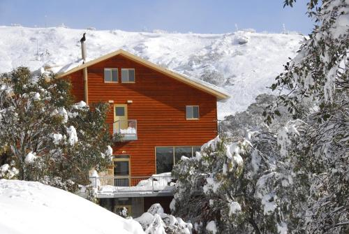 Summit Ridge Alpine Lodge