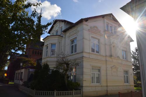 Hotel Villa Daheim Borkum front view