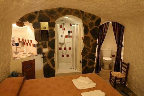 One-Bedroom Cave