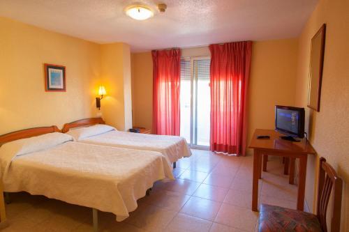 Hotel Carmen AlmuГ±Г©car