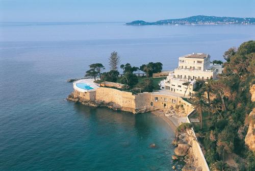 Отель Hotel Cap Estel 5 звёзд Франция
