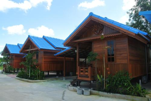Sabai Ez Resort