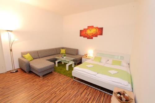 CheckVienna - Simmering - Apartment - Simmeringer Hauptstaße