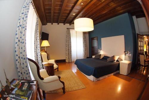 Habitación Doble Deluxe RVHotels Hotel Palau Lo Mirador 9