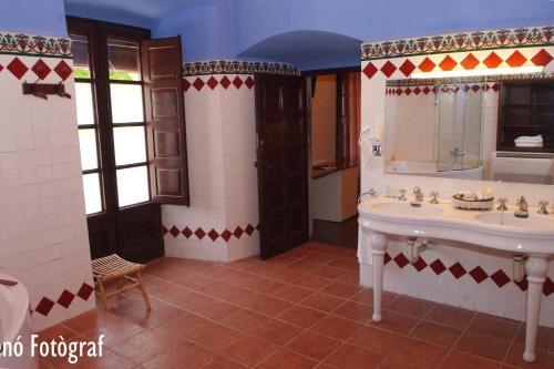 Habitación Doble Deluxe RVHotels Hotel Palau Lo Mirador 12