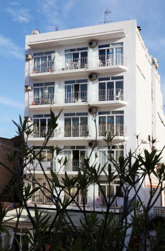 Apartaments Atzavara