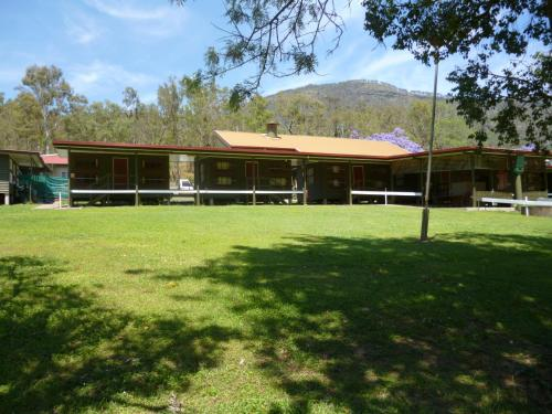 Christmas Creek Café & Cabins