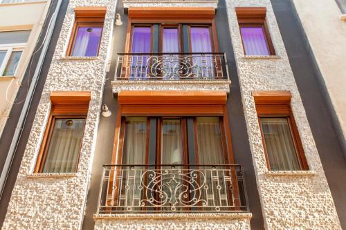 Pera Apartment Hotel