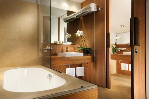 Margutta 54 Luxury Suites - image 12
