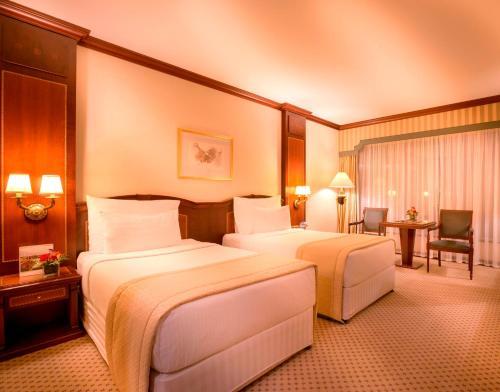 Millennium Corniche Hotel Abu Dhabi photo 2