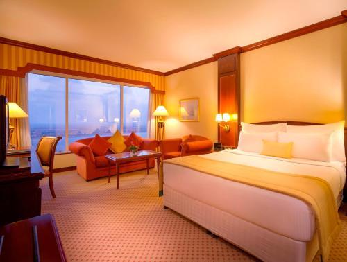 Millennium Corniche Hotel Abu Dhabi photo 3