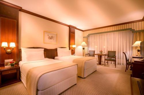 Millennium Corniche Hotel Abu Dhabi photo 4