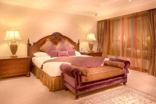 Millennium Corniche Hotel Abu Dhabi photo 8